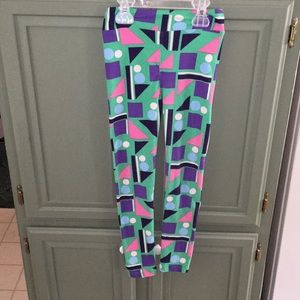 LuLaRoe Bottoms - fun and retro LuLaRoe leggings!!!